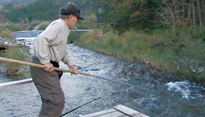 川はだれのものか ― 大川郷に鮭を待つ